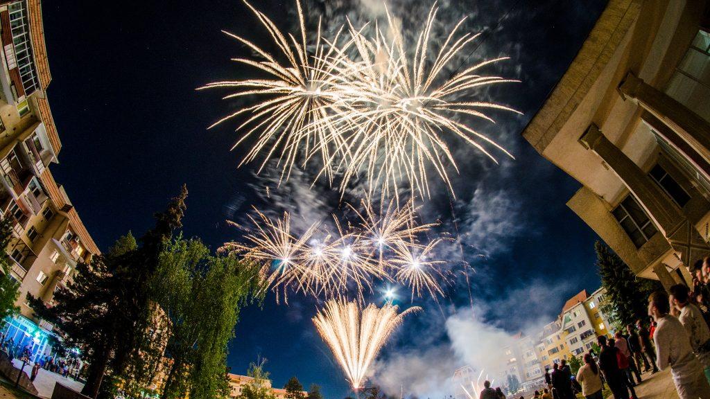 Pazar tűzijátékkal értek véget a 27. Szent György Napok